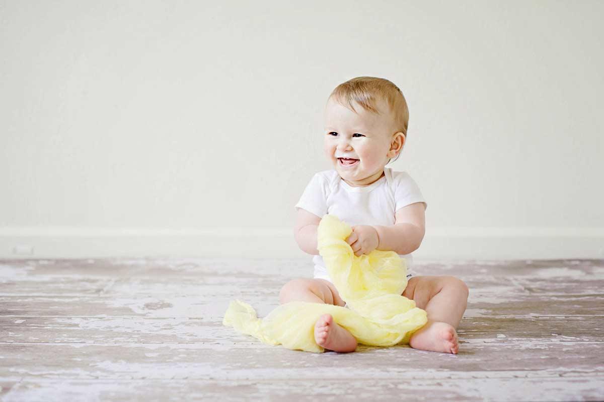 Det kræver en god baby fotograf København at lave smukke babybilleder